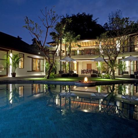 Villa Iskandar Bali - Seseh-Tanah Lot, Bali - Villa at Night