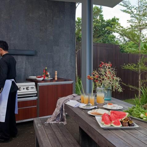 Villa Issi - BBQ Area - Seminyak, Bali