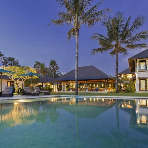 Villa Jagaditha Bali - Villa at Sunset - Canggu, Bali