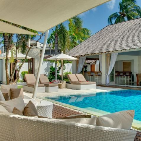 Villa Jajaliluna - Main Pavilion Sun Deck - Seminyak, Bali