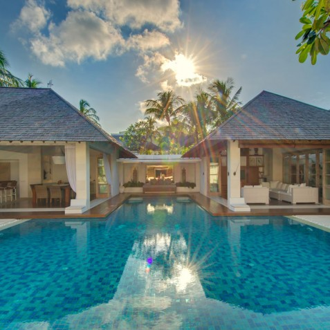 Villa Jajaliluna - Media and Dining Pavilions - Seminyak, Bali