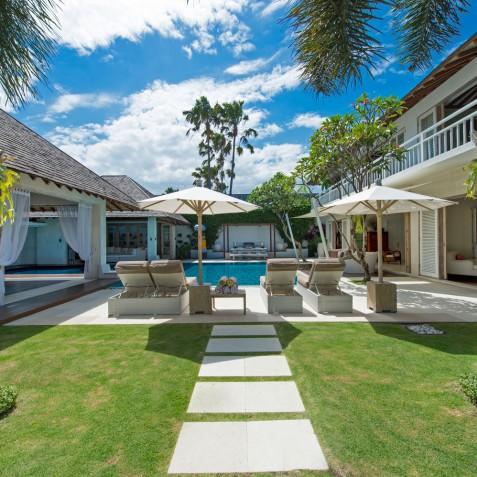 Villa Jajaliluna - View from Entrance - Seminyak, Bali