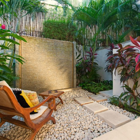 Villa Jajaliluna - Walled Garden at rear view of Villa - Seminyak, Bali