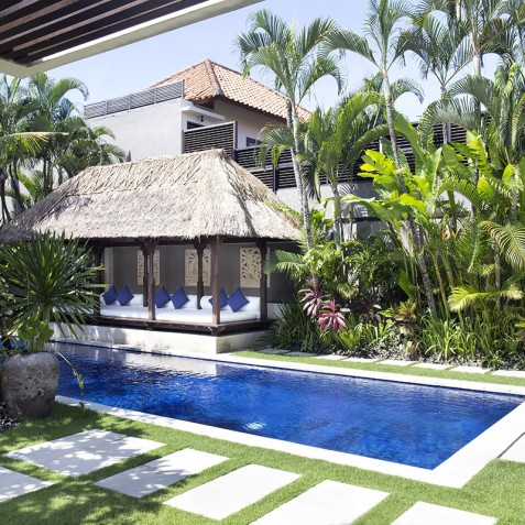 Villa Jemma - Path to Pool - Seminyak, Bali
