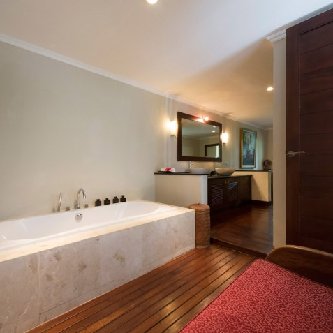 Villa Kalimaya I - Guest Pavilion Bathroom - Seminyak, Bali
