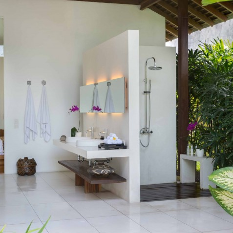 Villa Kavya Bali - Guest Ensuite Bathroom - Canggu, Bali