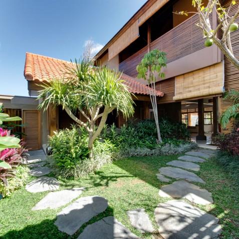 Villa Kinara - Entrance - Seminyak, Bali
