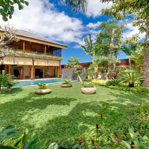 Villa Kinara - Gardens - Seminyak, Bali