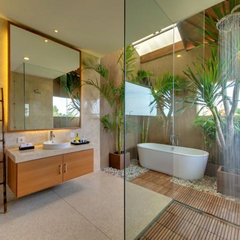 Villa Kinara - Guest Bathroom Five - Seminyak, Bali