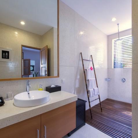 Villa Kinara - Guest Bathroom One - Seminyak, Bali