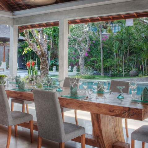 Villa Lataliana I - Dining and Pool - Seminyak, Bali