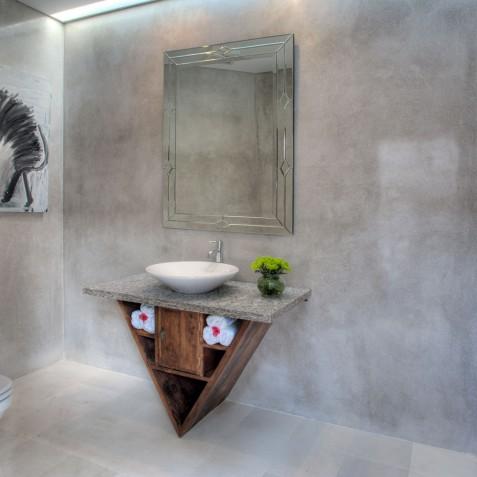 Villa Lataliana I - Guest Ensuite Bathroom - Seminyak, Bali