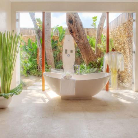 Villa Lataliana I - Master Bathroom - Seminyak, Bali