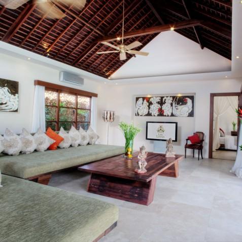 Villa Lataliana II - Living Room - Seminyak, Bali