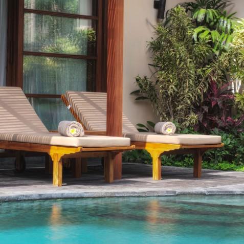 Villa Lataliana II - Pool and Sun Loungers - Seminyak, Bali