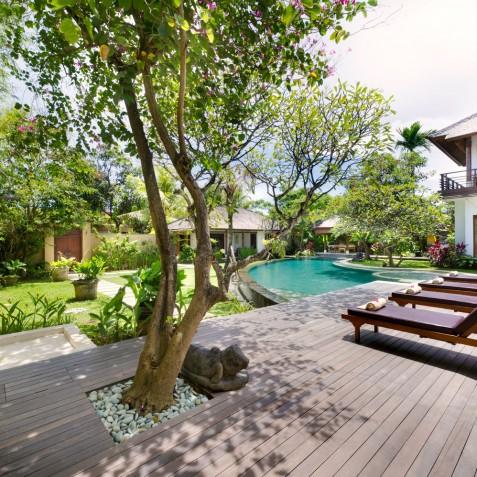 Villa Maharaj - Sun Deck and Pool - Seminyak, Bali