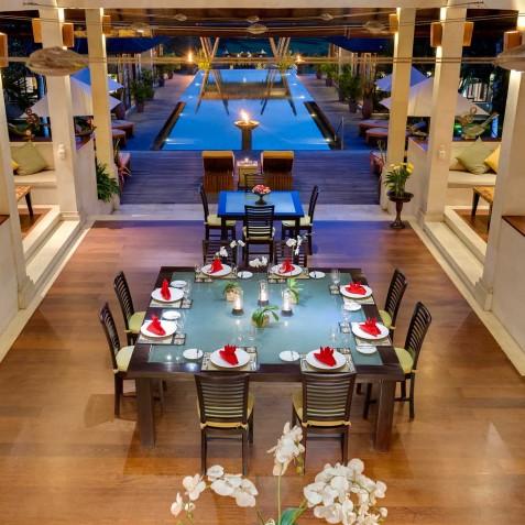 Villa Mandalay Bali - Dinner Setting overlooking Pool - Seseh-Tanah Lot