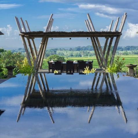 Villa Mandalay Bali - Pool Bale with view to the Sea - Seseh-Tanah Lot