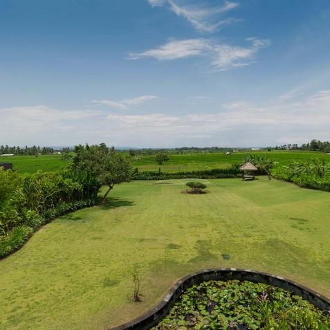 Villa Mandalay Bali - Putting Green - Seseh-Tanah Lot
