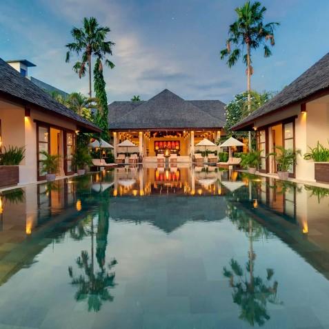 Villa Mandalay Bali - Villa at Dusk - Seseh-Tanah Lot
