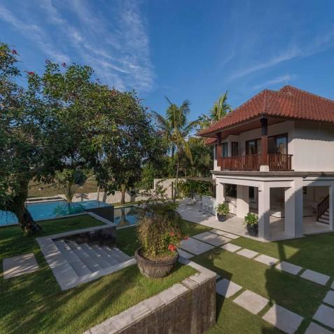 Villa Manis Bali - Pool House and Gardens - Canggu, Bali