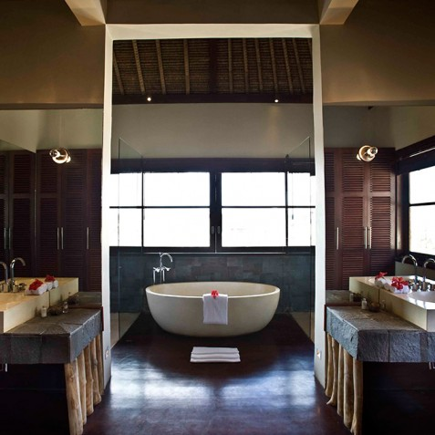 Villa Melissa Bali - Guest Suite Bathroom - Pantai Lima, Canggu, Bali