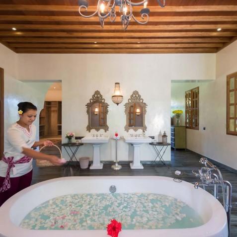 Villa Sayang d'Amour - French Kiss Ensuite Bathroom - Seminyak, Bali