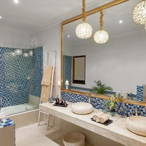 Villa Sea - 4S Villas - Master Ensuite Bathroom - Seminyak, Bali