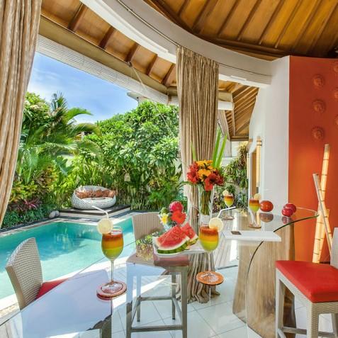 Villa Sun - 4S Villas - Poolside Dining - Seminyak, Bali