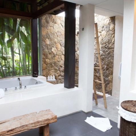 Villa Swarapadi, Ubud, Bali - Guest Suite Bathroom