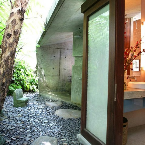 Villa Umah Tampih, Ubud, Bali - Open Air Shower