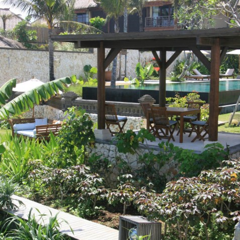 Villa Waringin - Beach Bale - Pantai Lima, Canggu, Bali