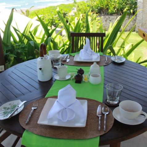 Villa Waringin - Breakfast at Beach Bale - Pantai Lima, Canggu, Bali