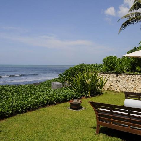 Villa Waringin - Front Garden Sea View - Pantai Lima, Canggu, Bali