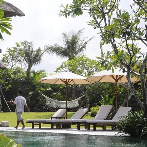 Villa Waringin - Hammock & Sun Loungers - Pantai Lima, Canggu, Bali