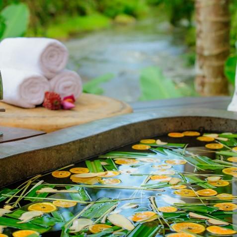Fivelements Puri Ahisma, Bali - Riverside Suites - Bath