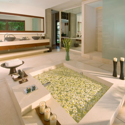 The Istana Bali - Master Bathroom - Uluwatu, Bali