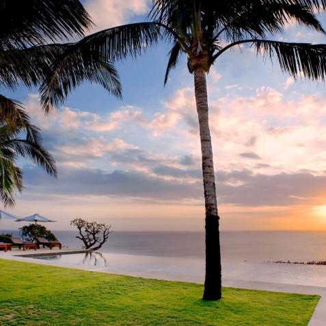 The Istana Bali - Sunset - Uluwatu, Bali