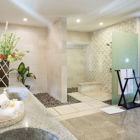 Villa Bayu Gita Residence Bali - Bedroom Two Ensuite