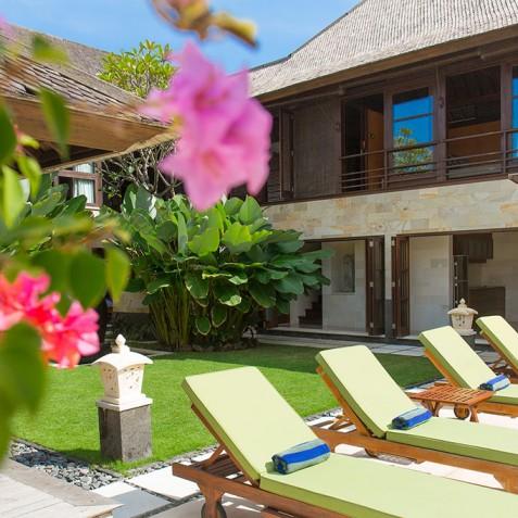 Villa Bayu Gita Residence Bali - Sun Loungers