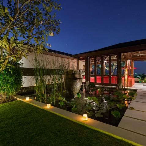 Villa Capung Bali - Lily Pond