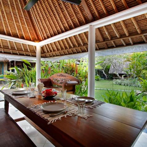 Villa Hibiscus, Sanur, Bali - Breakfast Veranda