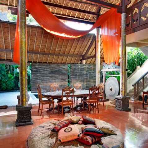 Villa Hibiscus, Sanur, Bali - Dining and Living Area