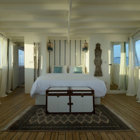 Master Cabin - Alexa Private Cruises - Luxury Charter Yacht - Indonesia