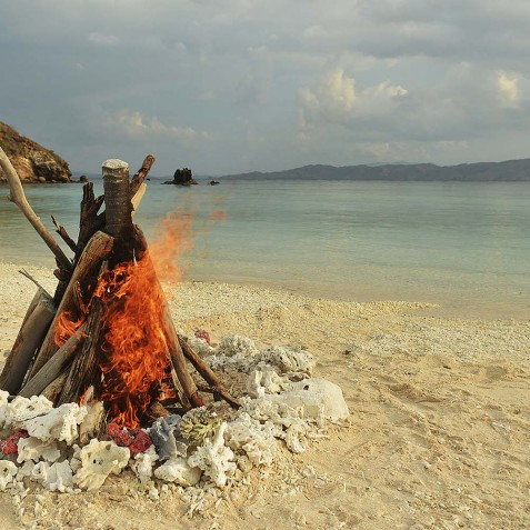 Beach BBQ's - Alexa Private Cruises - Luxury Charter Yacht - Indonesia