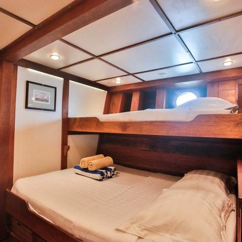 Triple Cabins - Ombak Putih Cruises - Sailing Adventures - Indonesia