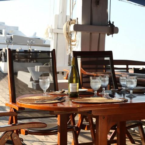 Dining - Ombak Putih Cruises - Sailing Adventures - Indonesia