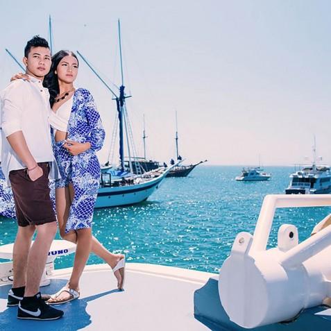 Photo Shoot - Mutiara Laut - Luxury Yacht Charter Indonesia