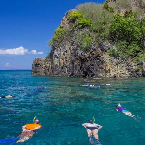 Snorkelling - Sailing Adventure Cruises Indonesia