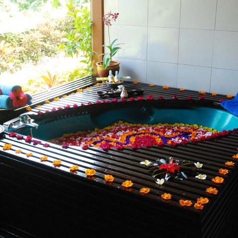 Flower Bath - Zen Resort Bali - Indonesia